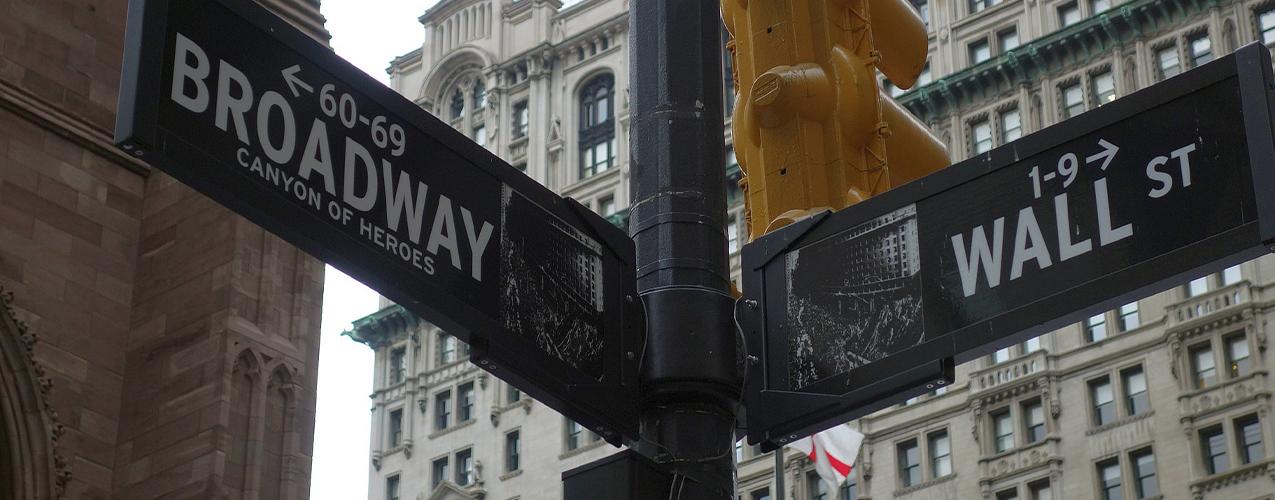 Descubre de que forma el toro de Wall Street te puede traer suerte